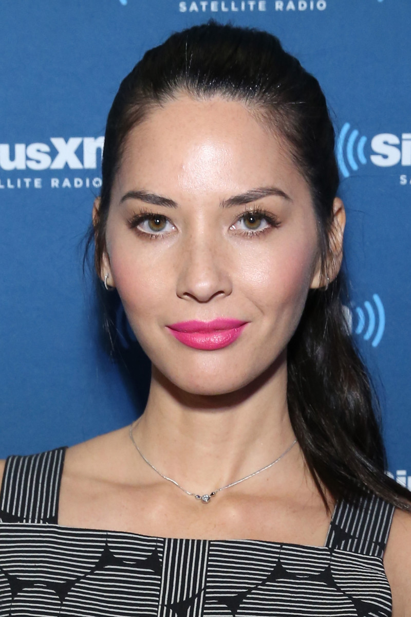 Olivia Munn, Before and After - Beautyeditor