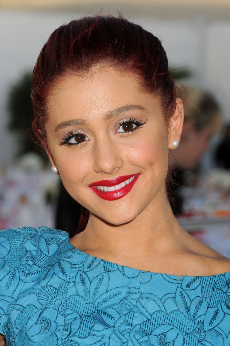 Ariana Grande, Angel Awards 2011