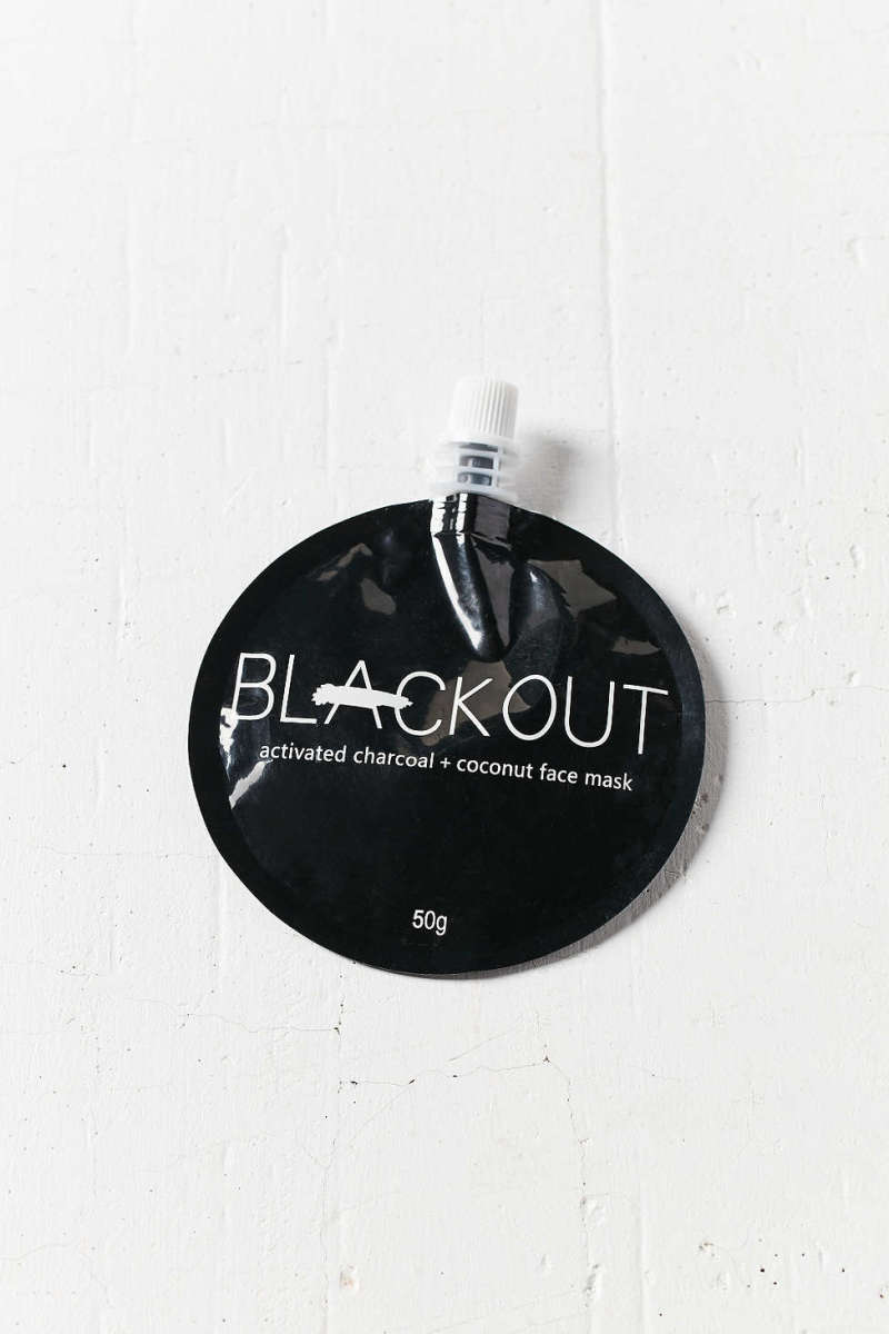 Blackout Activated Charcoal + Coconut Mask