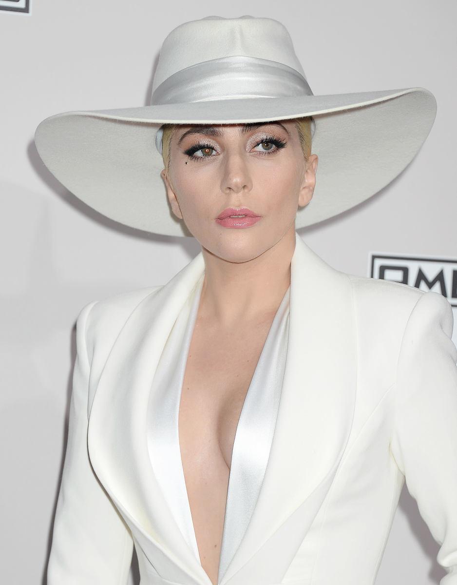 Lady Gaga, American Music Awards 2016