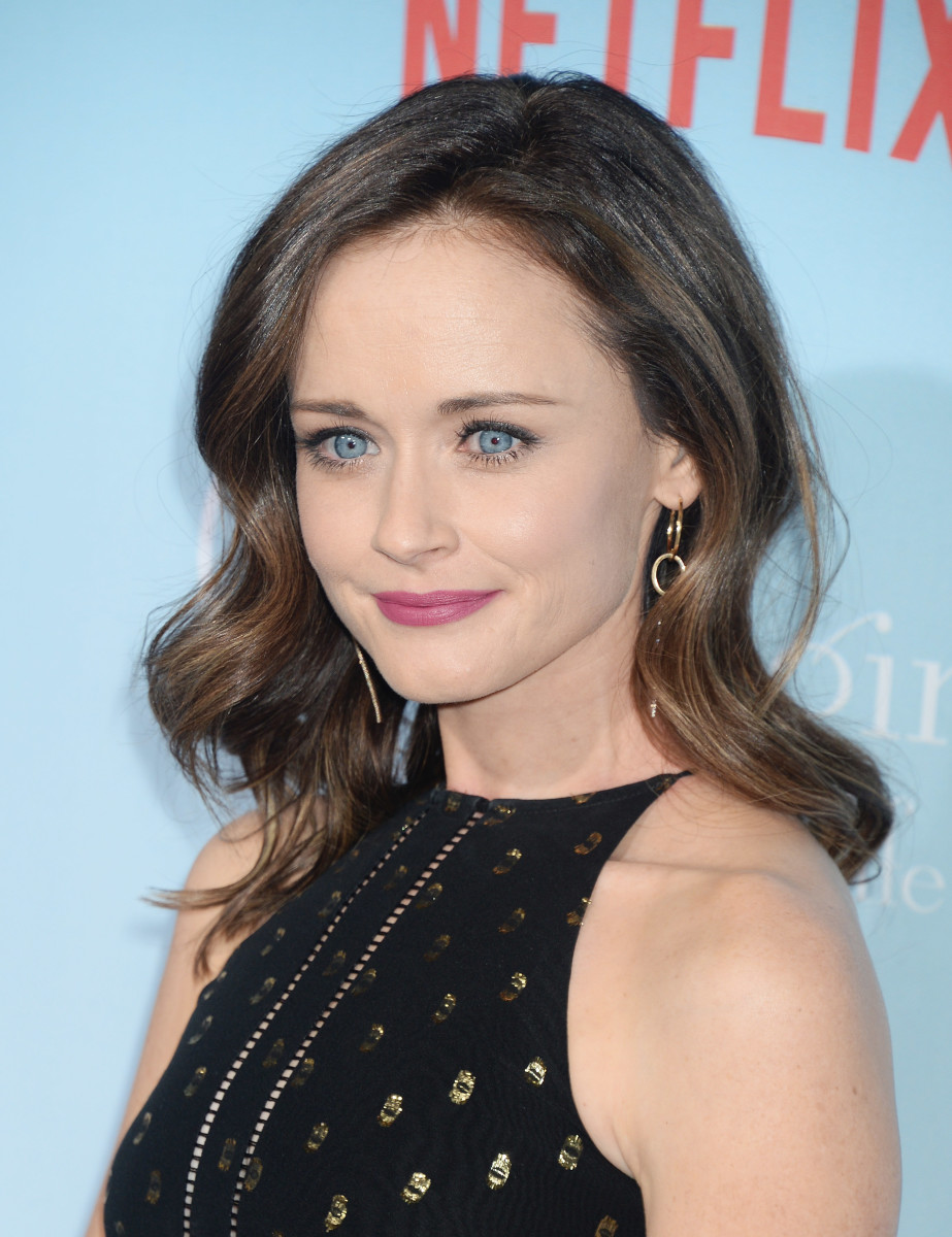 Alexis Bledel, Gilmore Girls A Year in the Life premiere, 2016