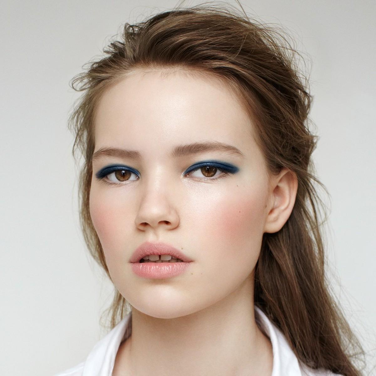 Kjaer Weis makeup