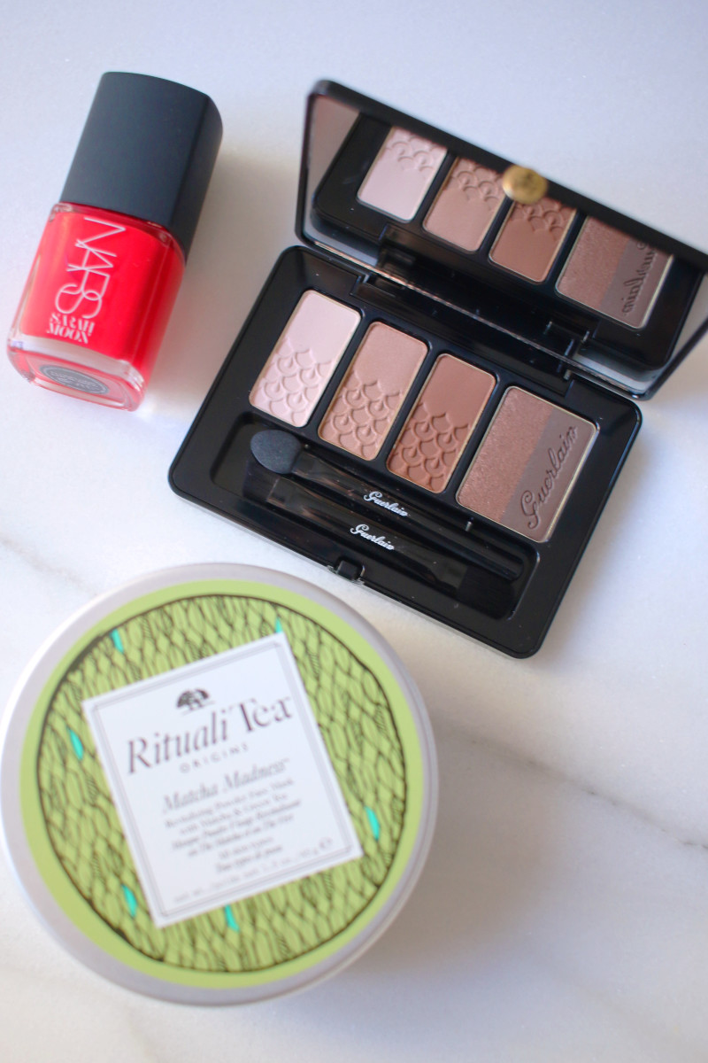 Last minute beauty gifts Hudson's Bay