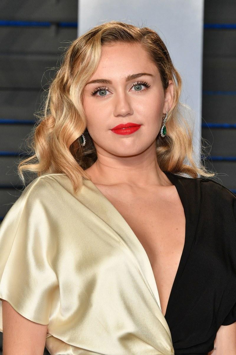 Miley Cyrus, Vanity Fair Oscar party, 2018