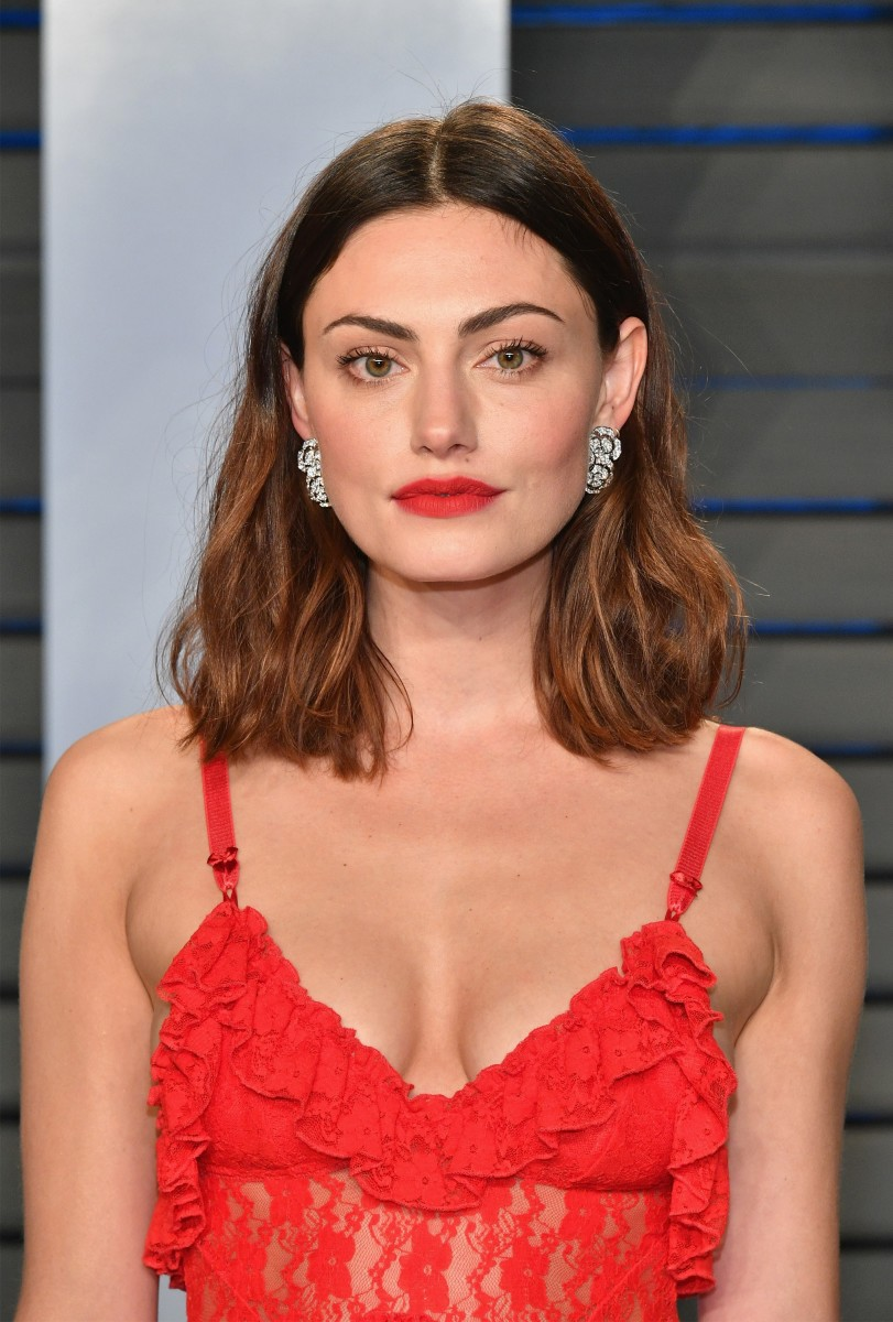 Phoebe Tonkin, Vanity Fair Oscar party, 2018
