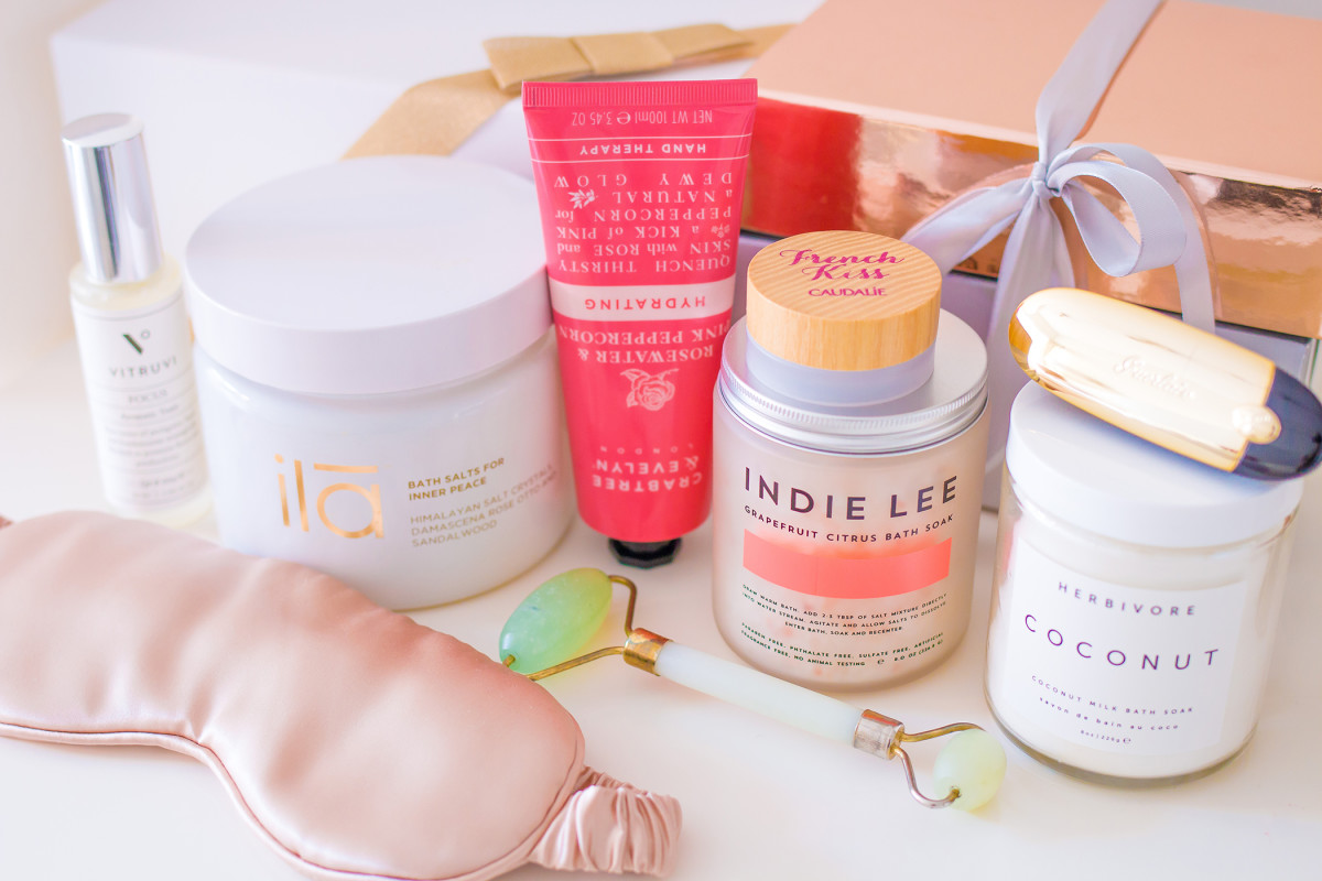 Best beauty gifts under 25, 50 and 100