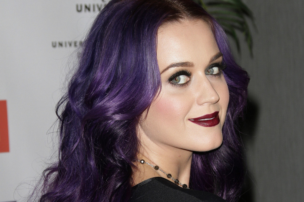 How to rock a crazy hair colour