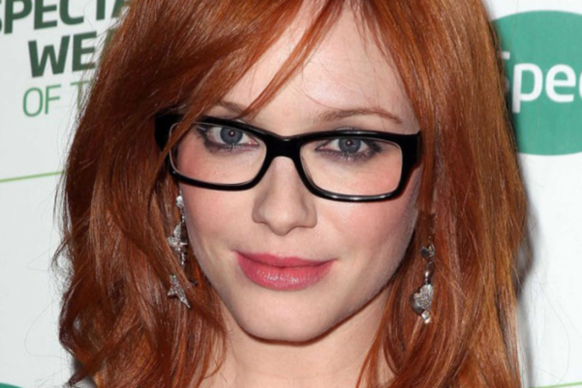 Best hairstyles for glasses