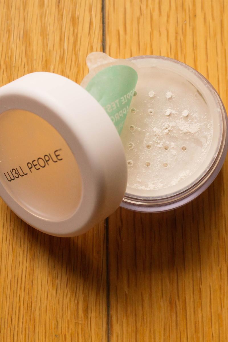 W3LL People Bio Brightener Powder