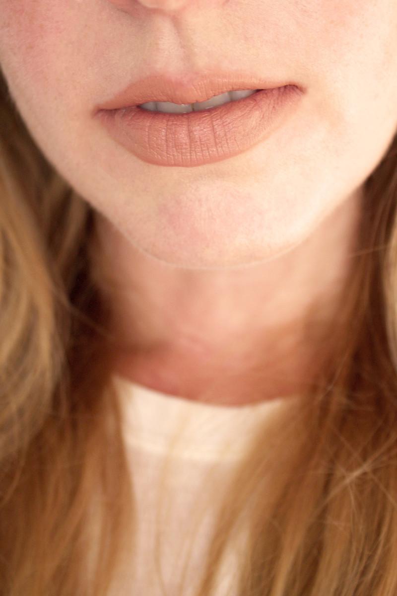Bite Beauty Multistick in Blondie (on lips)