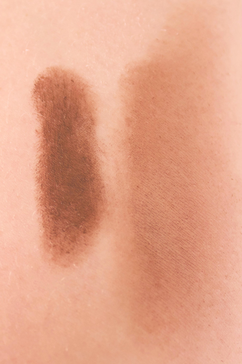 Bite Beauty Multistick in Cocoa (swatch)