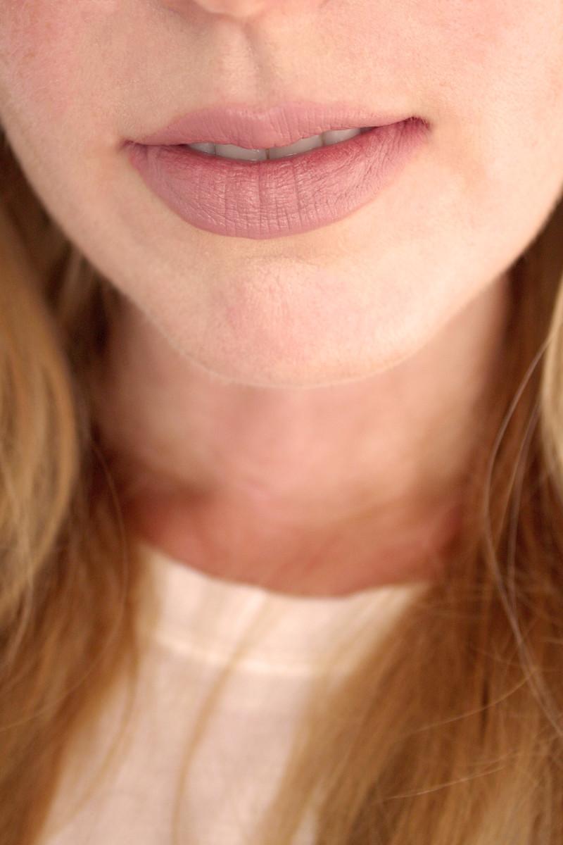 Bite Beauty Multistick in Gelato (on lips)