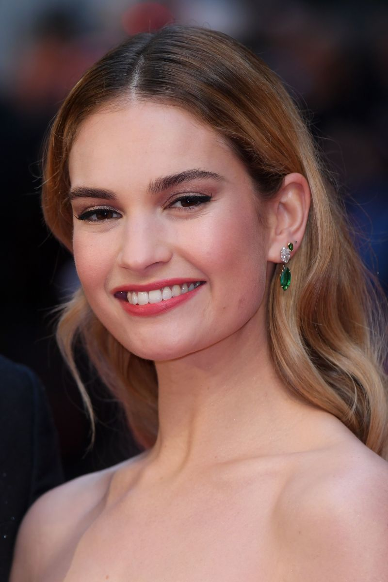 Lily James, The Guernsey Literary and Potato Peel Pie Society London premiere, 2018