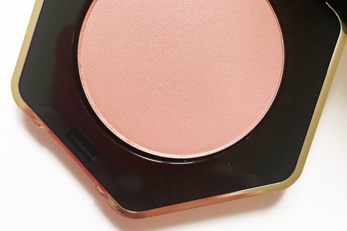 H&M makeup line