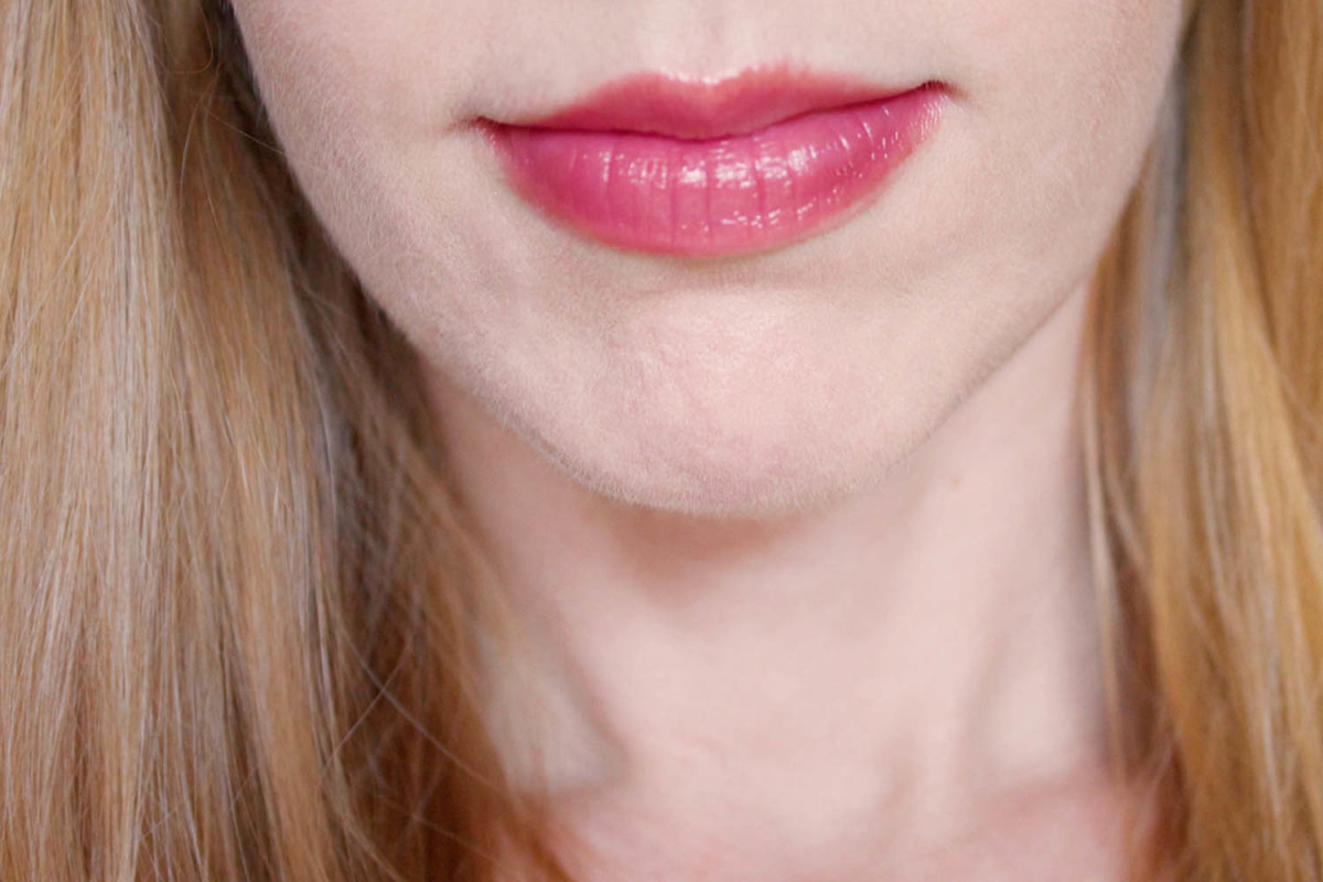 Mineral Fusion Sheer Moisture Lip Tint in Flicker