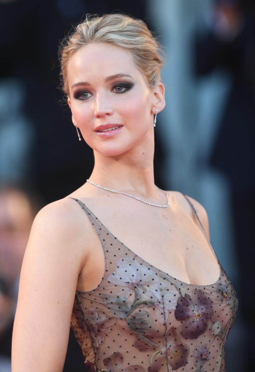 Jennifer Lawrence, Mother Venice premiere, 2017