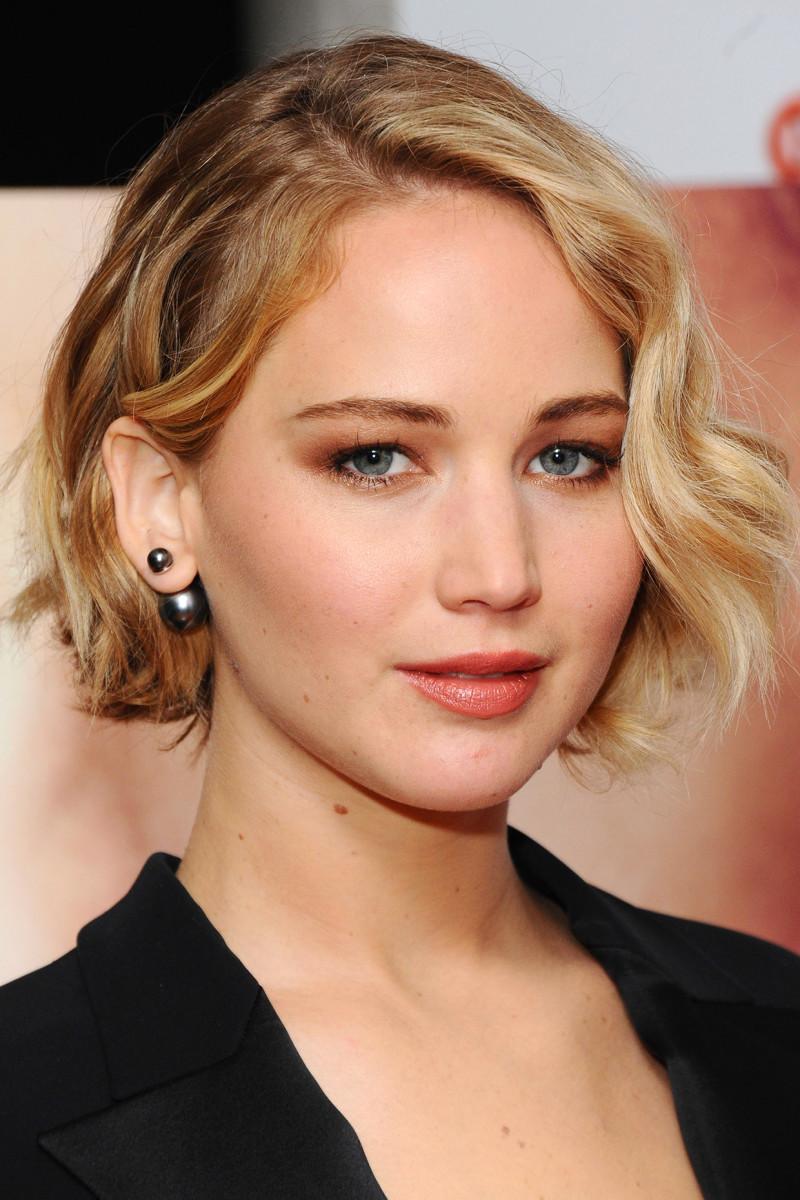 Hasil gambar untuk Jennifer Lawrence