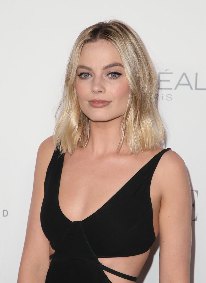 Margot Robbie, ELLE Women in Hollywood Awards, 2017