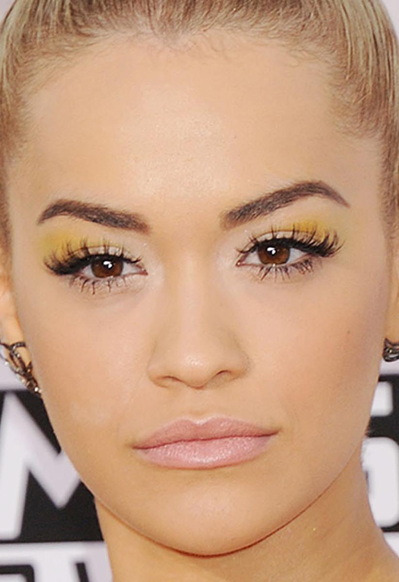 Rita Ora, American Music Awards 2014