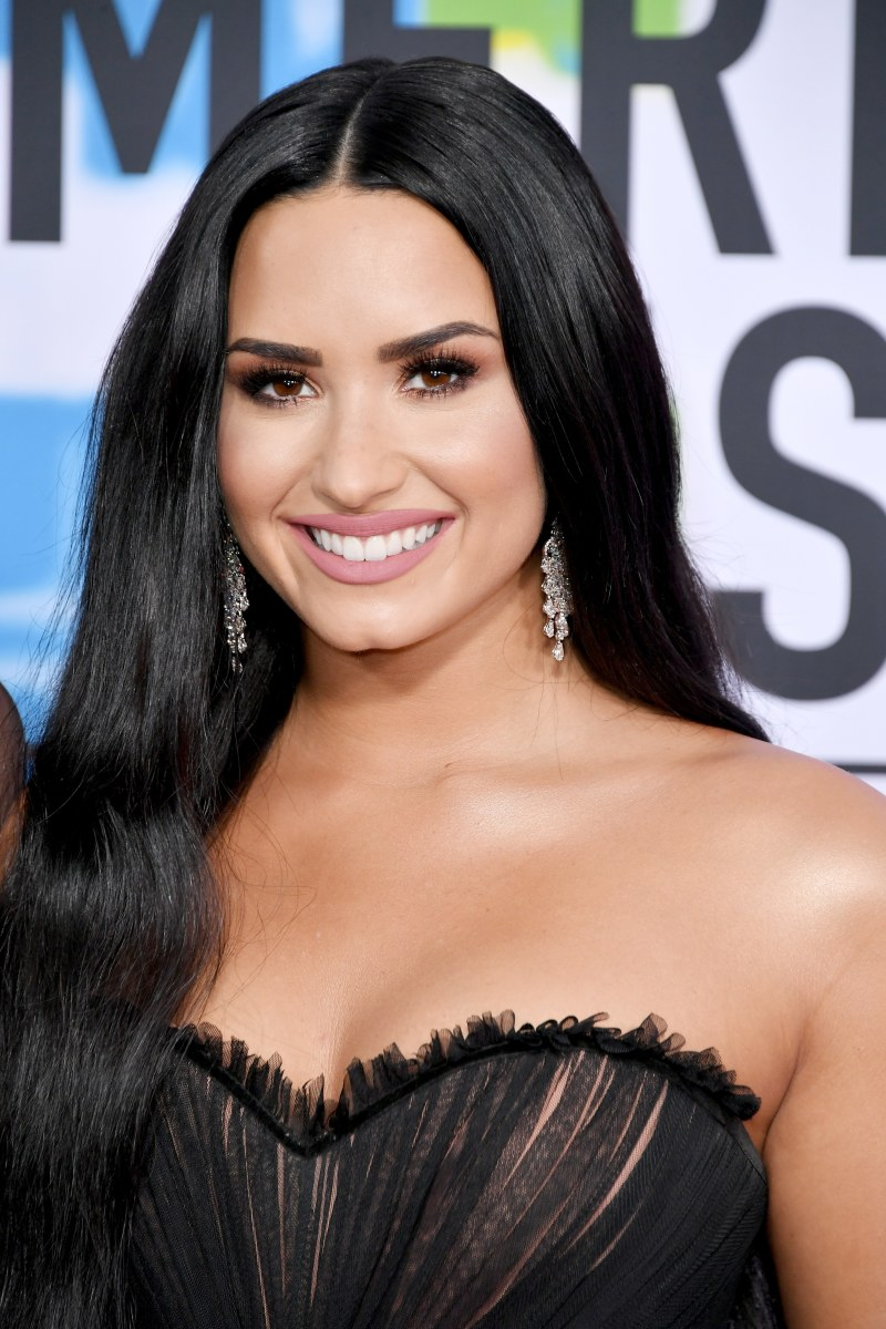 Demi Lovato, American Music Awards, 2017