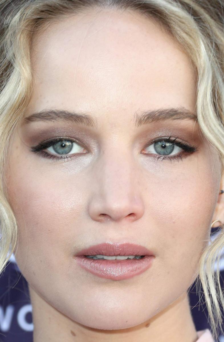Jennifer Lawrence, The Hollywood Reporter Women in Entertainment Breakfast, 2017