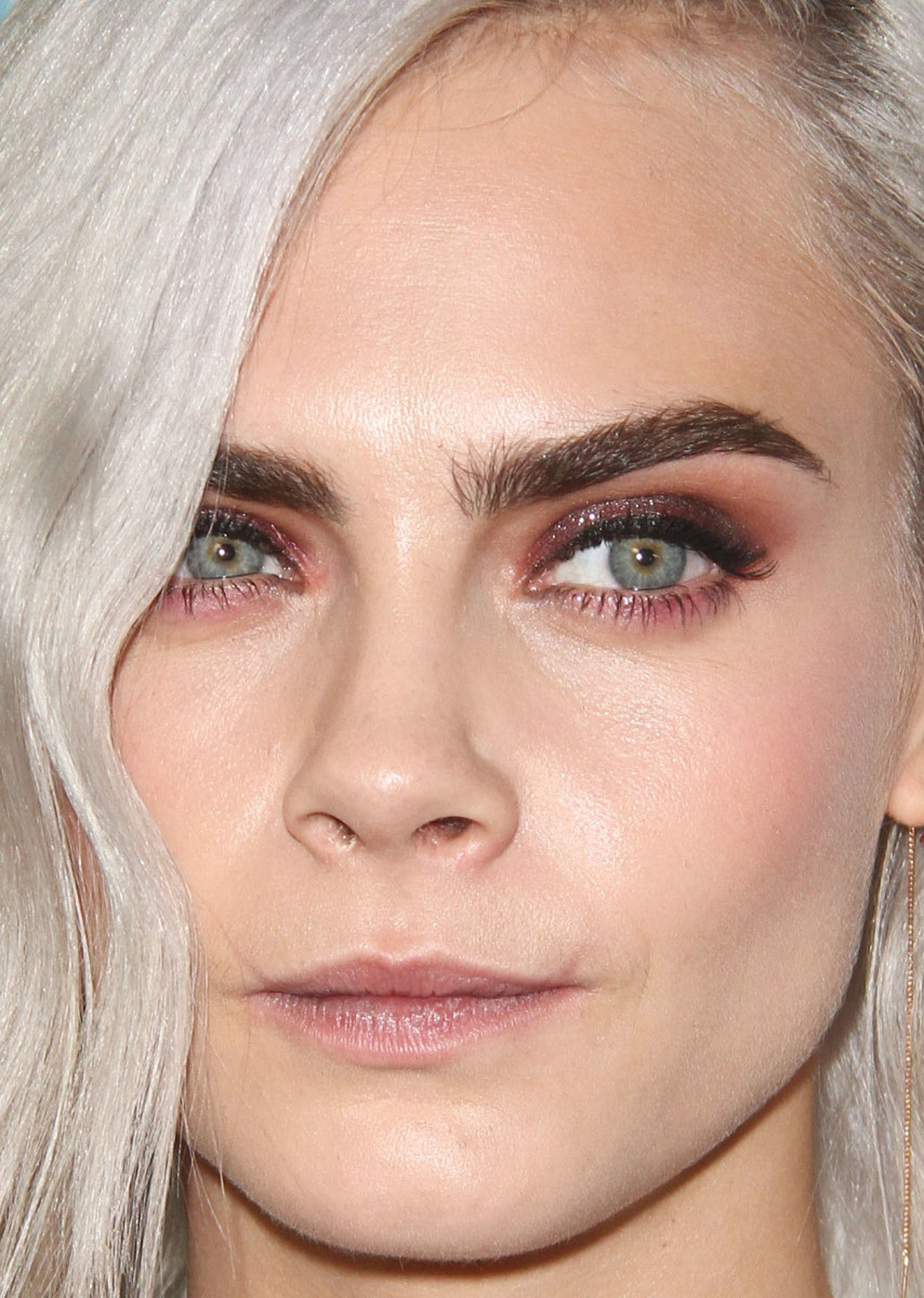 Cara Delevingne Normal Eyebrows The Best Brow Sculptor She S